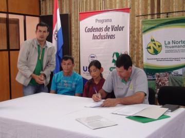 "Comunidades firman acuerdo para ""ganar"""